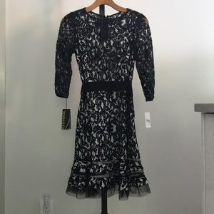 Tadashi Shoji Navy Lace Dress Size 0 Petite
